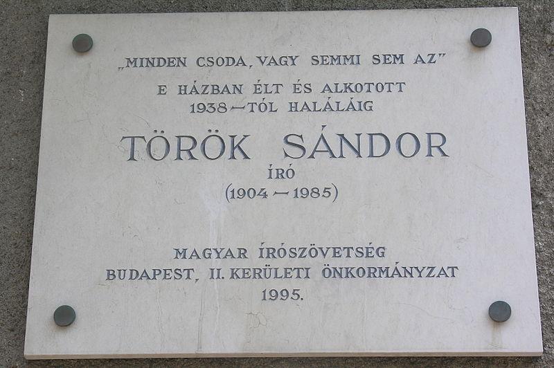 Török Sándor 13. szobája
