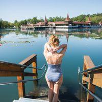 Római regenerálódás Hévízen - a Balaton száguldó riporterének élményei