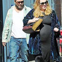 Adele kerekedik...
