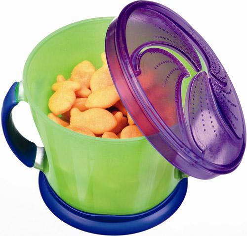 Munchkin-snack cather.jpg