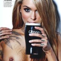 Egy kis topless Guinness-el! :)