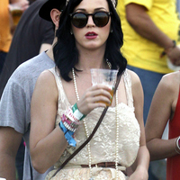 Ismert emberek és a SÖR - Katy Perry
