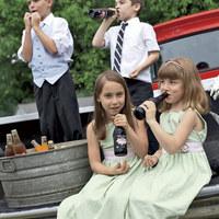 Előre isznak kb 8 évet :) Esküvői kép! :)