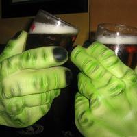 SÖRözés Hulk-éknál! :)