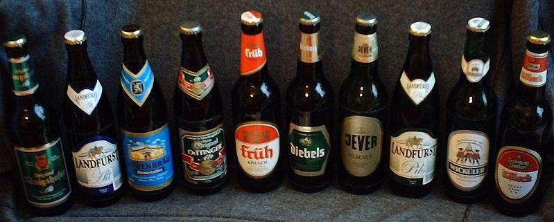 799px-Bierflaschen_aus_Deutschland_2.jpg