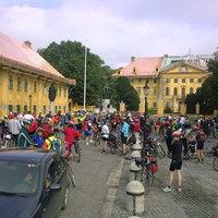 Kritikus tömeg Kalocsán