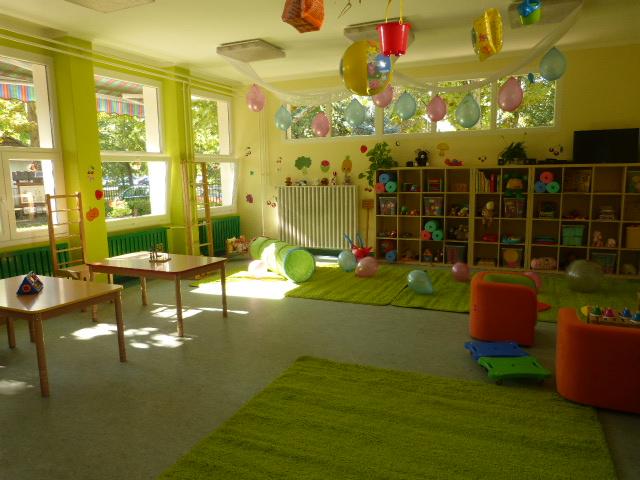 A gyerekek igényeinek megfelelő bútorokkal rendeztük be a Csibe csoportot
