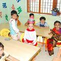 Indiai óvodai élet – Farsang, karácsonyi műsor és szülői