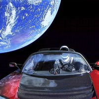 Újráz a Falcon Heavy