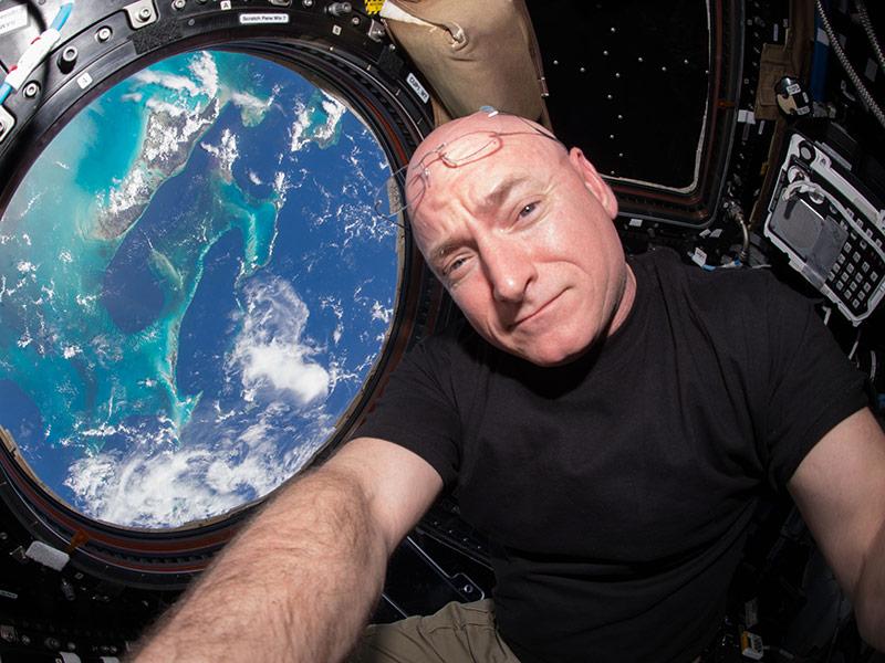 Scott Kelly a Nemzetközi Űrállomáson