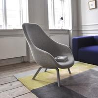 Mai kattanás: a dánok Hay fotele