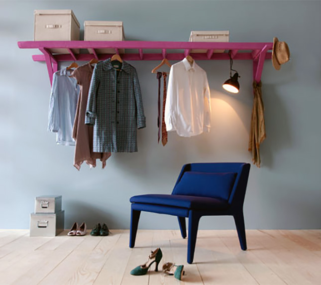 19-clothes-rack.jpg