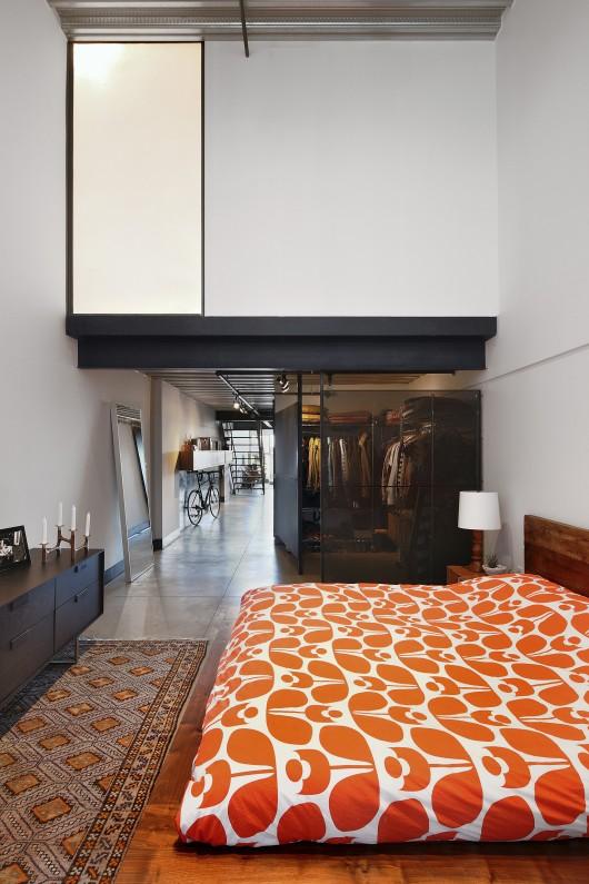 54ed12c0e58ece6e4c00004c_capitol-hill-loft-shed-architecture-design_capitol_hill_loft_master-530x795.jpg