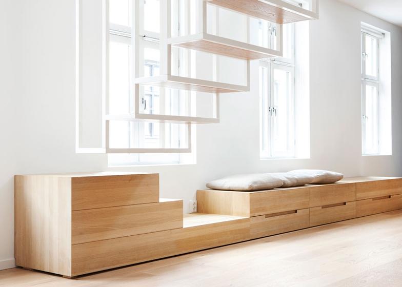 Minimalist-staircase.jpg