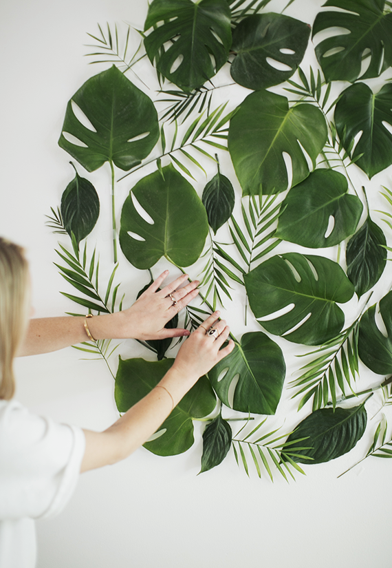 diy-leaf-backdrop-almost-makes-perfect2.png