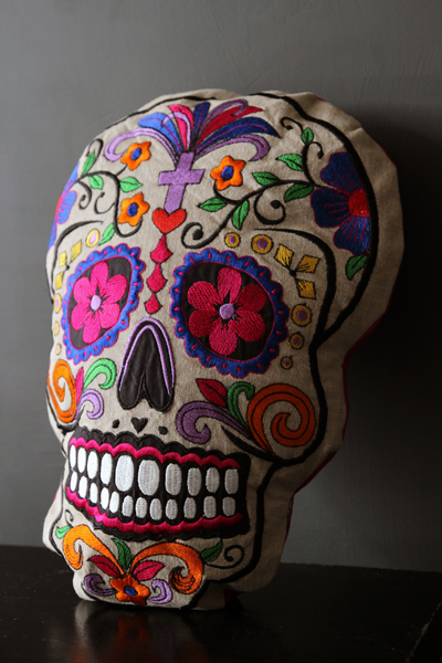 mexican-day-of-dead-cushion-22403-p.jpg