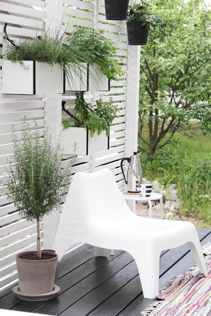 vertical garden 1.jpg
