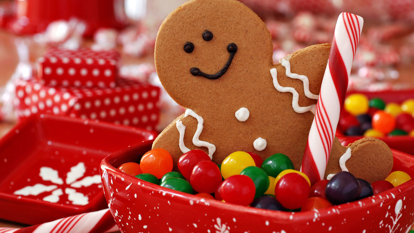little-gingerbread-and-lots-of-gummy-candies_1366x768.jpg