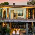 Pamela Anderson 11,8 millió dollárért adta el Malibui otthonát!