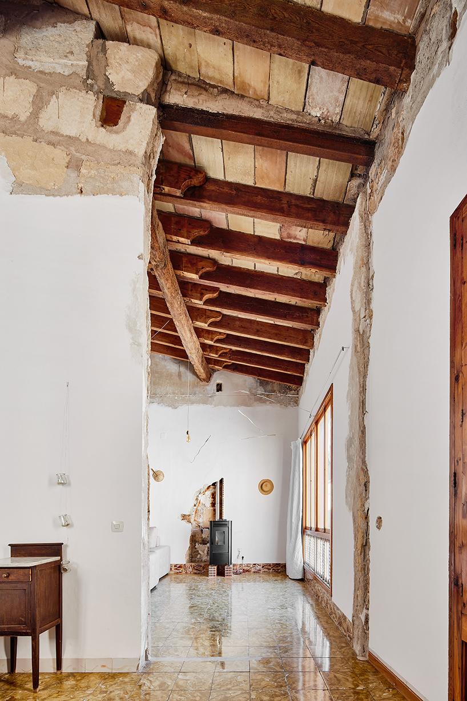 sant-miquel-carles-oliver-designboom-2.jpg