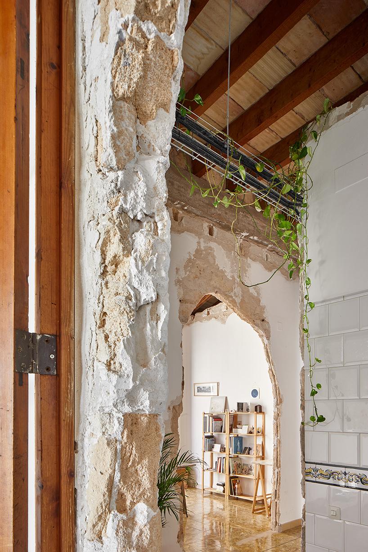 sant-miquel-carles-oliver-designboom-7.jpg