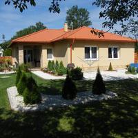 Irány a jó levegő! Kertes, teraszos, erkélyes otthonokat mutatunk