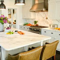 Kitúrja-e a kvarc a gránitot a konyháinkból?