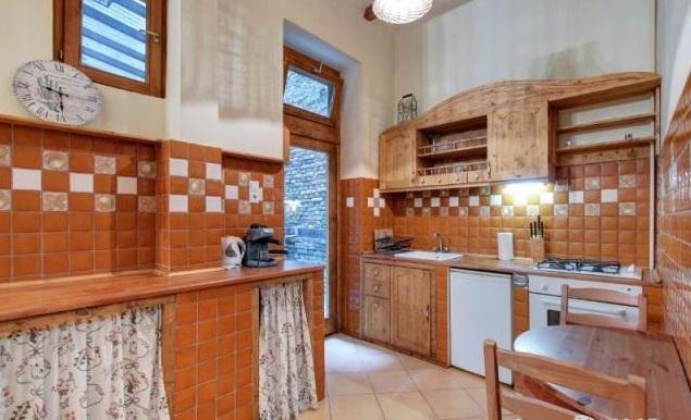 nottingham-cottage1.jpg