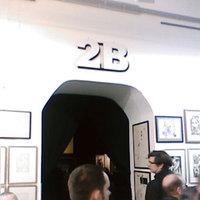 2B Galéria - Családok V. (3.4/5)