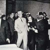 Ikon - Lee Harvey Oswald lelövése [2]