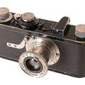 Az első... Az első 35mm-es tömeggyártású fényképezőgép [4]*