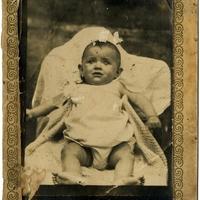 Új kedvenc, bácsiszelet családi képe 1933-ból, Püspökladányban