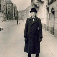 August Sander: Anton Raderscheidt, 1926 [1]*
