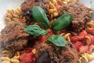 Olaszos tészta vegán padlizsánfasírttal - gluténmentes