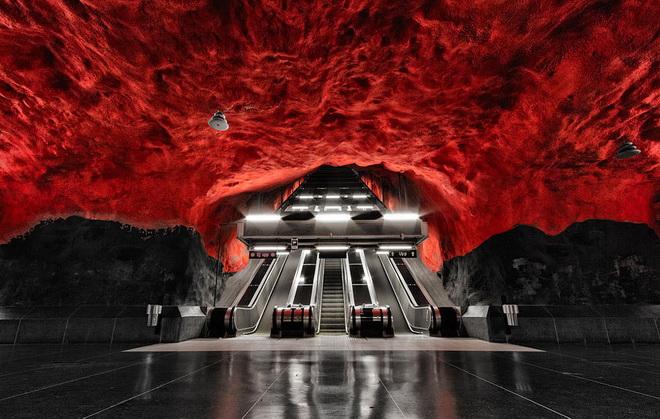 stockholm-metro-09.jpg