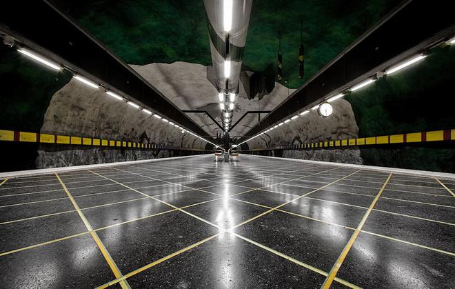 stockholm-metro-12.jpg