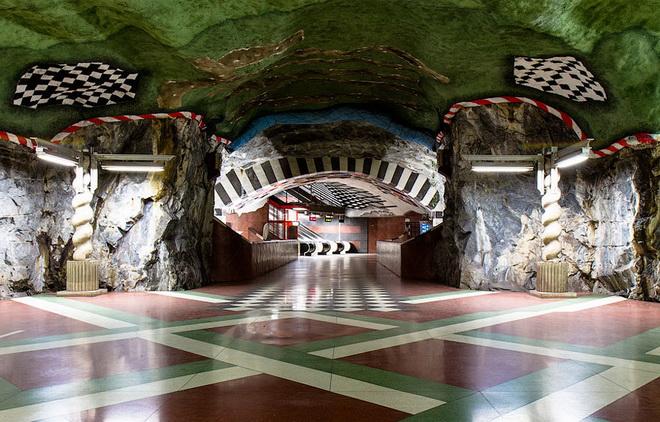 stockholm-metro-15.jpg