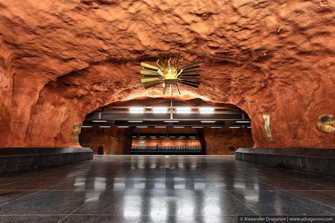 stockholm-metro-16.jpg