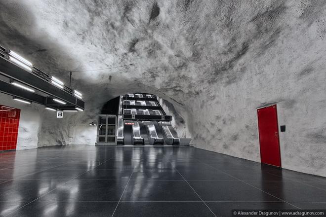 stockholm-metro-19.jpg