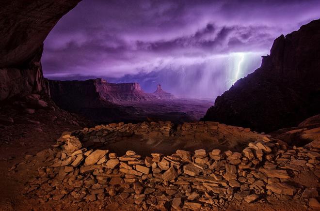 thunderstorm-at-false-kiva.jpg