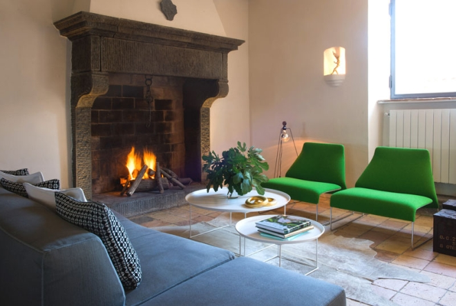 house-with-underground-caverns-domus-civita-studio-f-fradiani-italy-8.jpg