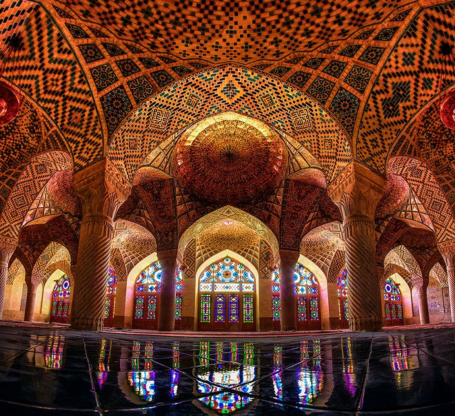 nasir-al-mulk-mosque-shiraz-iran-8.jpg