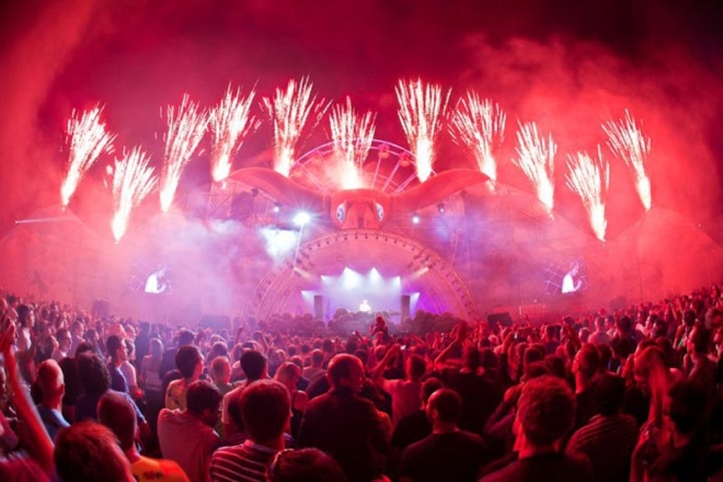 tomorrowland-music-festival-stage-belgium-3.jpg