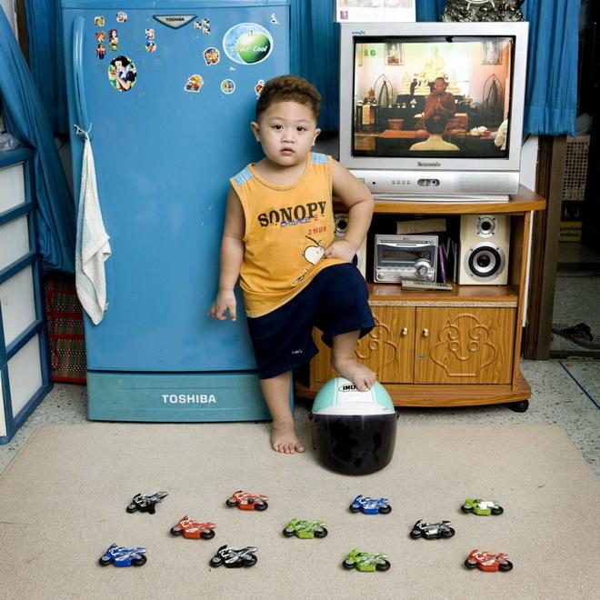 Watcharapon-Bangkok--1024x1024.jpg