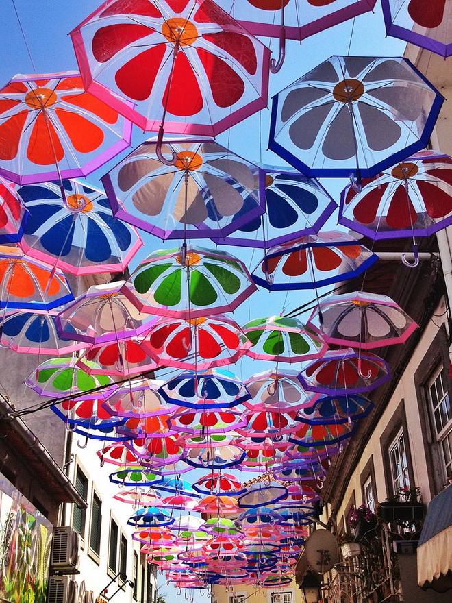 szines-esernyok-agueda-portugalia-2013-03.jpg