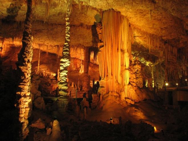avshalom-soreq-stalactite-cave-israel-2.jpg