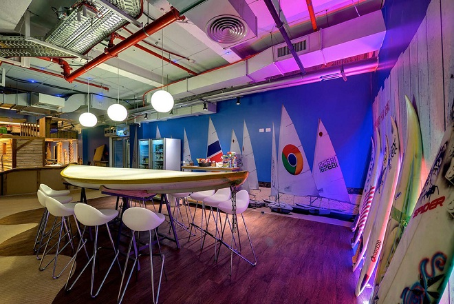 Google-Tel-Aviv-30-r.jpg