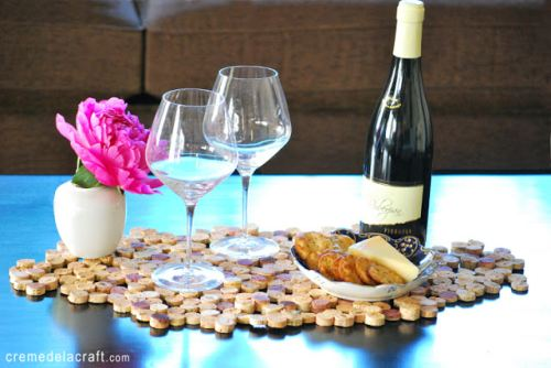 DIY-Project-Tutorial-Wine-Cork-Upcycle-Table-Setting-Placemat-Runner.jpg