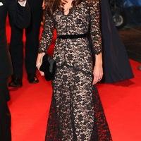 Kate Middleton csipke ruhája