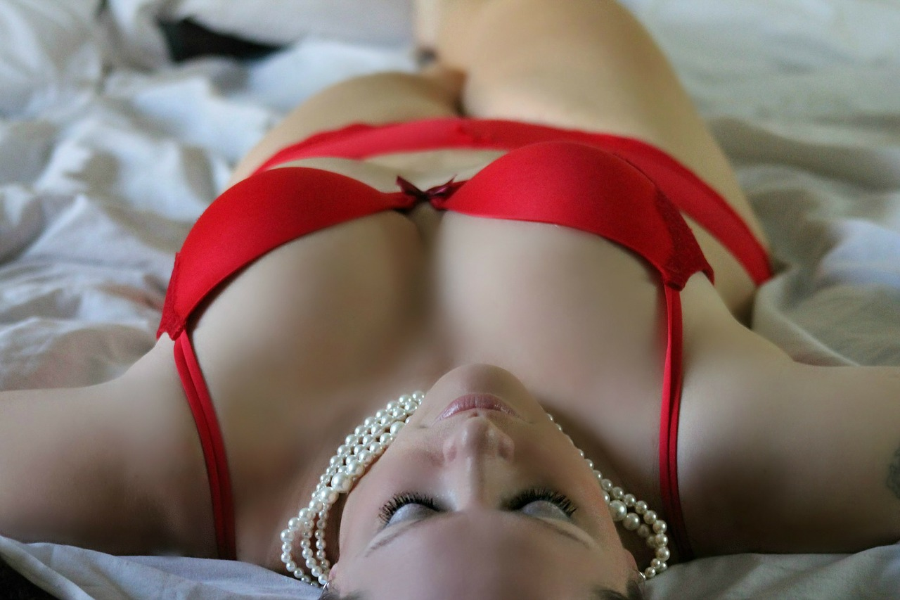 girl-254708_1280.jpg